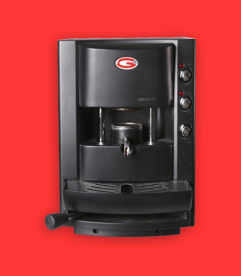 grimac macchina caffe nera